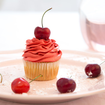 cupcakes-with-style-30cherry
